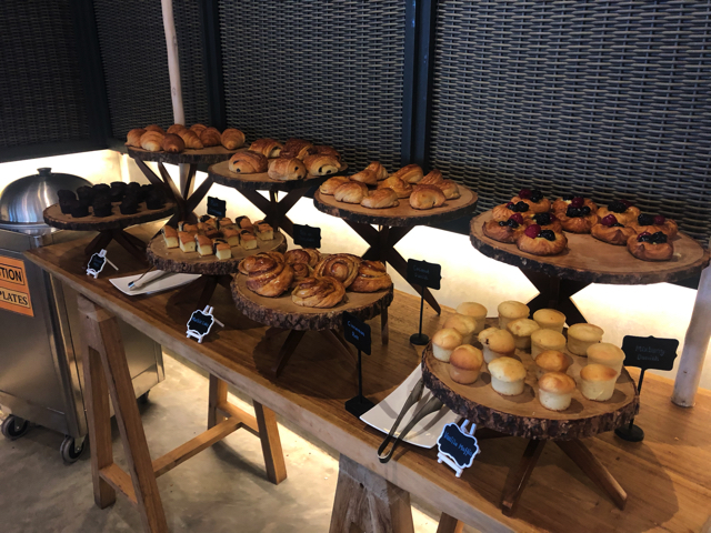 フォーシーズンズリゾートモルディブ アット ランダーギラーヴァル レストラン CAFE LANDAA(カフェ ランダ)