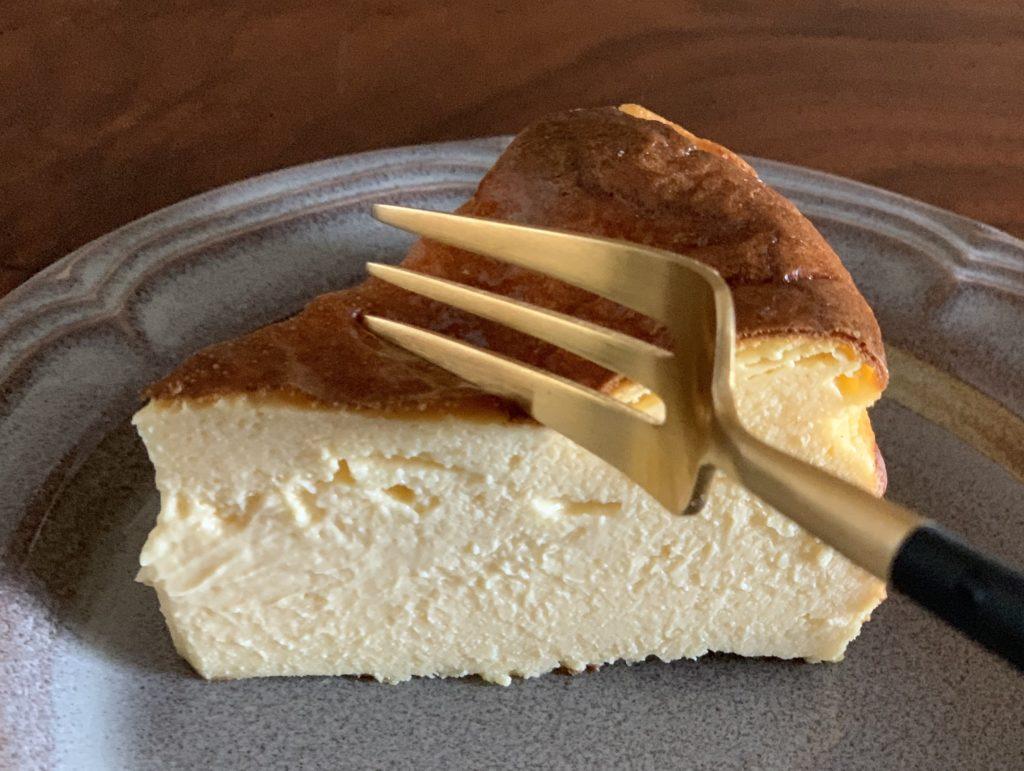 バスクチーズケーキのフリー写真素材