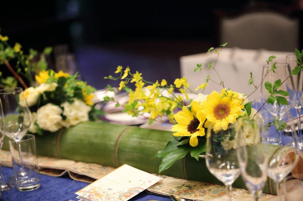 流しテーブルの装花のフリー素材