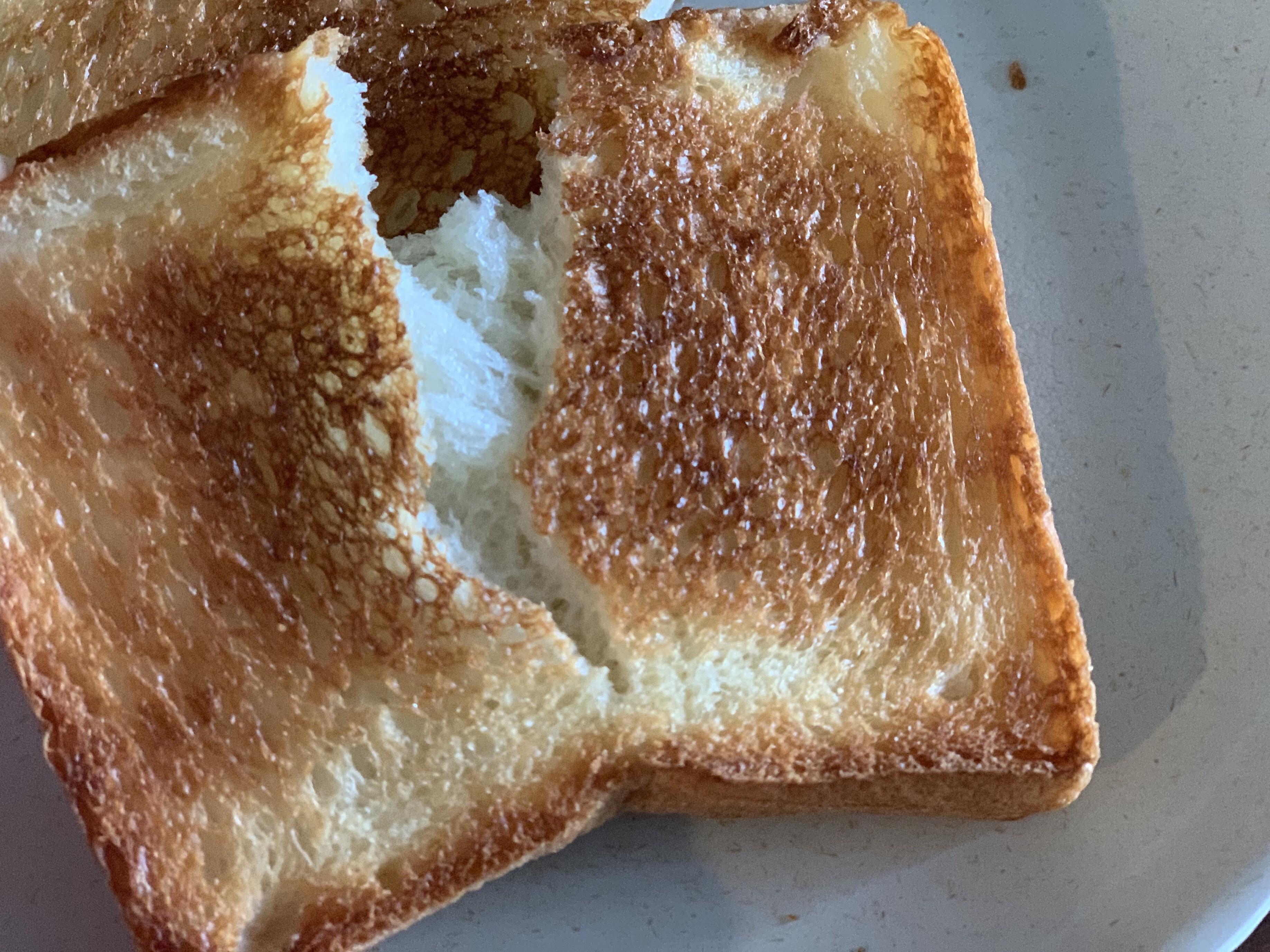 パネッテリア アリエッタの看板食パンであるぷるぷる生プルマン